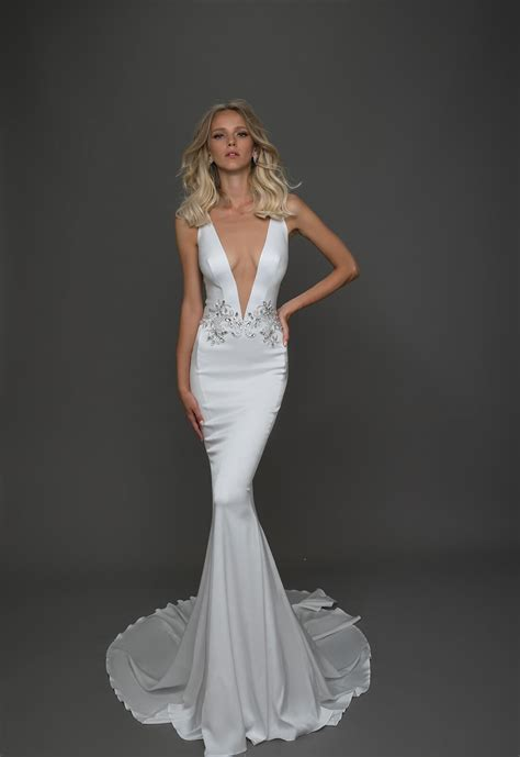 Sexy Sheath Wedding Dress   Kleinfeld Bridal