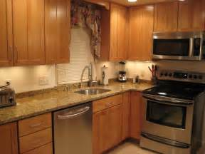 Kitchen No Backsplash Anyone With A 2 Inch Backsplash Or No Backsplash