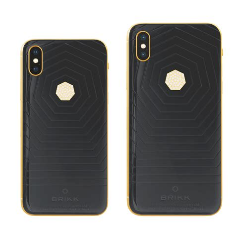 iphone xs and xs max ceramic in white or black with 24k yellow gold or black metallic phone