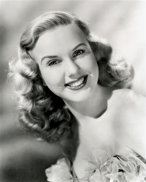 1920s hair styles with s wave curler san francisco ca deanna durbin sports the 1930s long finger wave style with