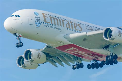 emirates johannesburg emirates to fly a380 to johannesburg