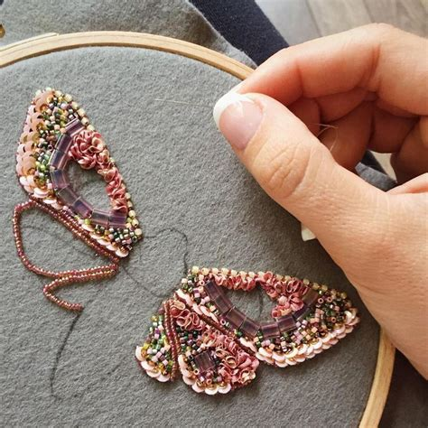 how to sew beaded fabric best 20 beaded embroidery ideas on bead