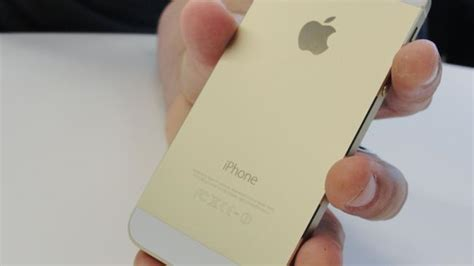 A1129 Iphone 5 5s australian customers will pay up to 114 more than