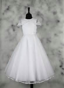 Retro communion dresses in great demand for 2015 first holy communion