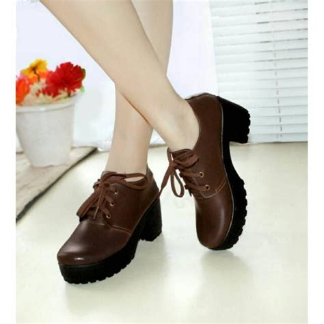 Sepatu Boots Wanita Untuk sepatu wanita sepatu boots 3 warna ala docmarts elevenia