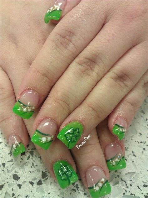 st pattern nails 127 best st patrick s day nail design images on pinterest