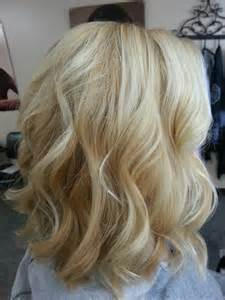 pictures of black hair with platinum highlights golden blonde hair with platinum highlights ideas 2016