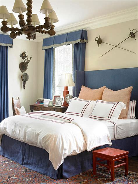pictures to hang in bedroom bedroom decorating ideas what to hang the bed