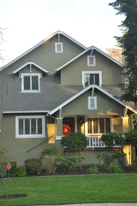 exterior paint color dunn edwards artichoke for the home