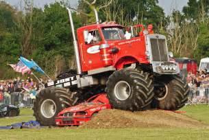 file monster trucks live 29th september 2013 10104888723 jpg wikimedia commons