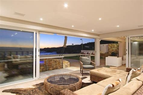 six bedroom house for rent 6 bedroom house for rent in cs bay cape town