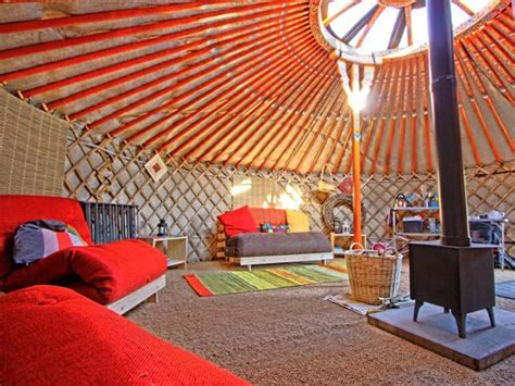 love yurts hgtv how would you decorate a yurt design star pinterest