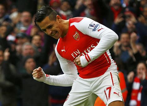 alexis sanchez brother alexis sanchez stats arsenal man destroys stoke becomes