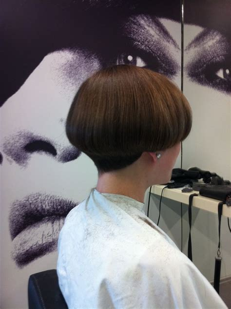 bobbed haircut with shingled npae 169 best bowl cuts and mushrooms images on pinterest