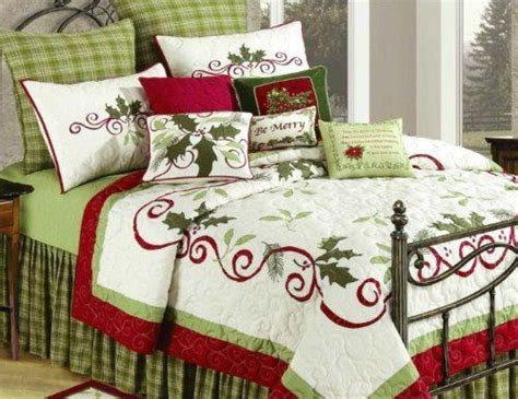 king size christmas bedding king size quilt holiday garland christmas pinterest