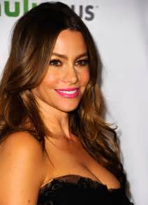 sofa v sofia vergara at paleyfest honoring modern family in