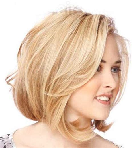 hairstyles short on an angle towards face and back wavy angled bob round face www pixshark com images