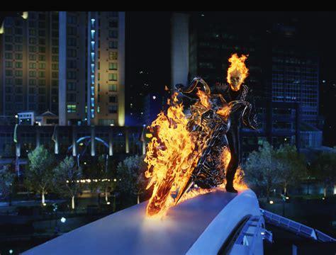 film cu nicolas cage ghost rider imagini ghost rider 2007 imagini demon pe două roți