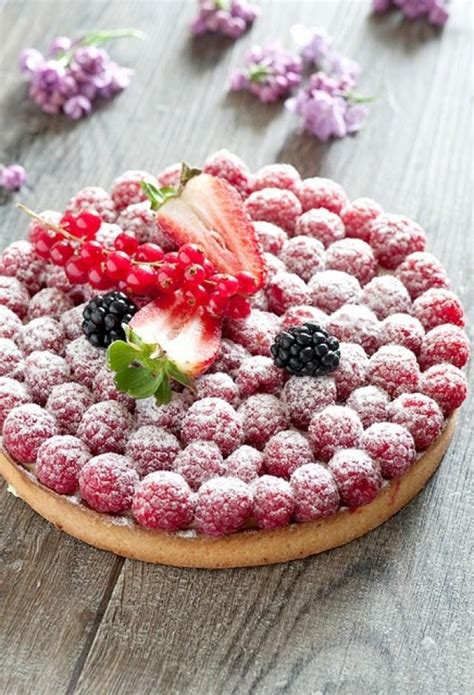 Wedding Tart by G 226 Teaux De Mariage Berry Tart 2049179 Weddbook