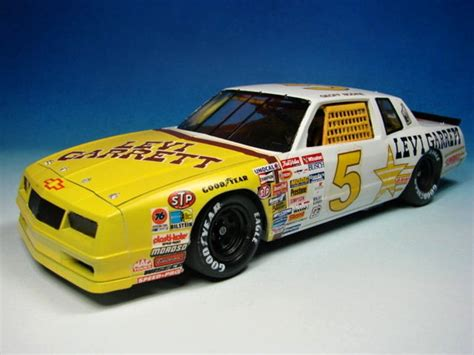Brus Jadii Racing Nascar Tamiya 1985 chevrolet monte carlo monogram 1 24 lutz