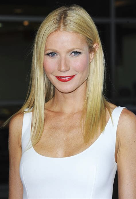 blonde hair ageing gwyneth paltrow height weight age bra size affairs