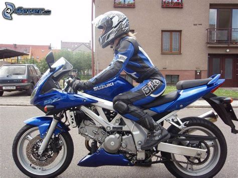Motorrad Fahren Frau by Femme 224 Moto