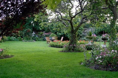 beautiful yard 41 stunning backyard landscaping ideas pictures