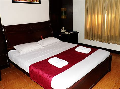 check inn pension arcade bacolod special deluxe room