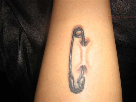 40 fantastic safety pin tattoos