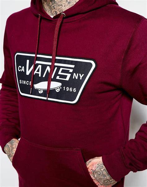 Jaket Vans Volka Skate Black 25 best ideas about vans logo on surf logo surf design and vans