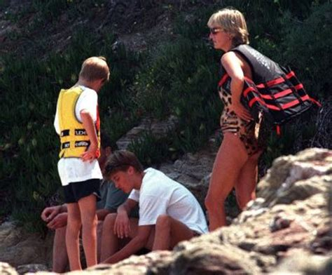 princess diana sons lovely photos of princess diana with sons princes