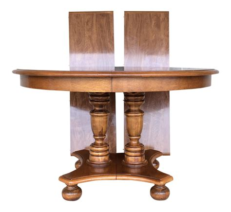 maple pedestal dining table ethan allen maple pedestal dining table with 2 leaves