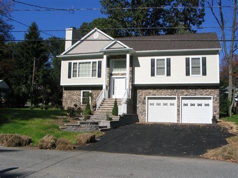 split level garage best 25 bi level homes ideas on pinterest split level