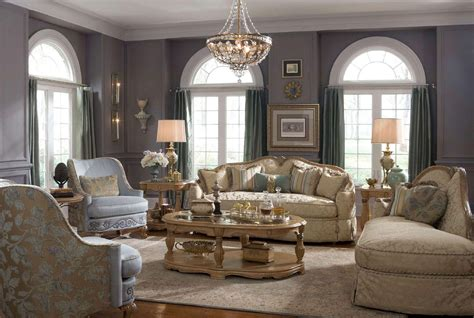 How To Decorate Your Home by 3 Benefits Of Decorating Your Home With Antiques 3