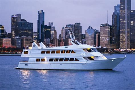 used boat motors chicago chicago boat rental sailo chicago il motor yacht boat 7747