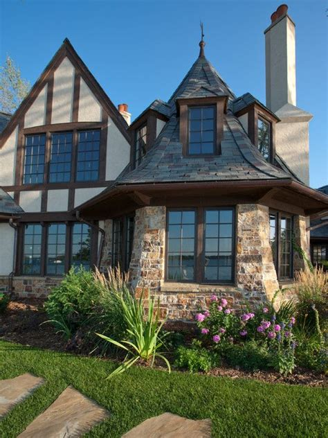 english tudor homes best 25 tudor style house ideas on pinterest tudor