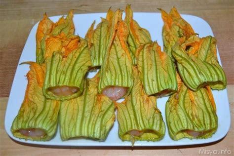 fiori di zucca ripieni di gamberi 187 fiori di zucca e gamberi in pastella ricetta fiori di