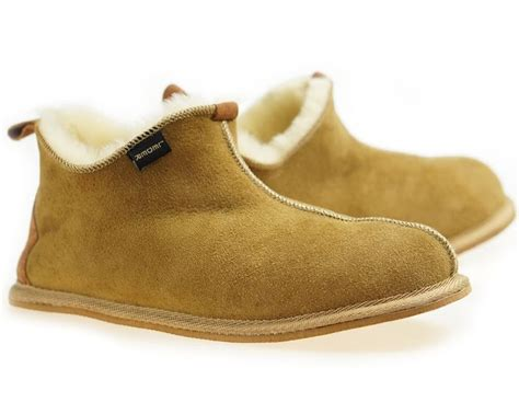 sheepskin house slippers 25 cute mens sheepskin slippers ideas on pinterest sheepskin slippers uk mens