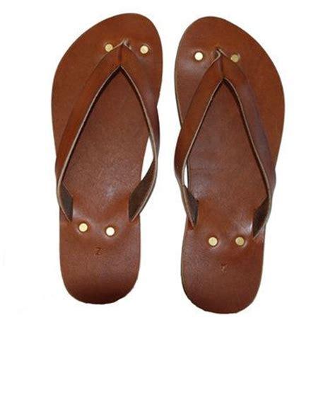 Handmade Leather Flip Flops - flip flops in brown handmade leather boho