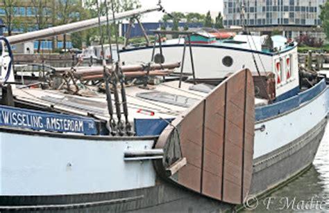 le safran de bateau en anglais tradboats voiliers traditionnels vieux gr 233 ements et