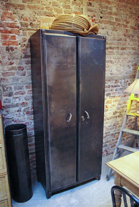 armoire industrielle vintage armoire industrielle par le marchand d oublis