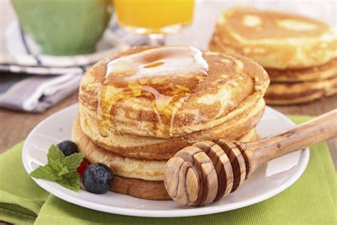cucinare pancake pancake senza uova ricetta di uno sfizioso dolce all