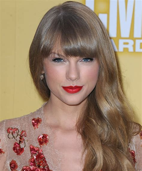 what colours does taylor swift use for ash blonde hair a darker shade of hair color thehairstyler com