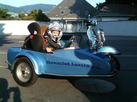 Motorradgespann Kinder by Seitenwagen P200e 1981
