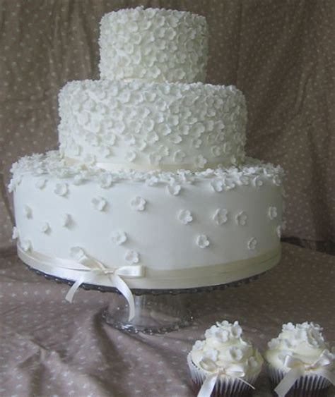 Easy Wedding Cake Designs by Pin Pasteles Bodas Ladietagourmet Boda Pastel Wallpaper