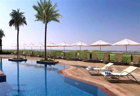hotel radisson blu abu dhabi yas island uae booking com radisson blu yas island abu dhabi luxury hotels hays