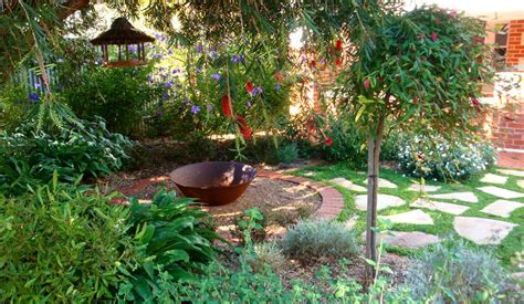 backyard design ideas australia top 10 trends in backyard landscaping