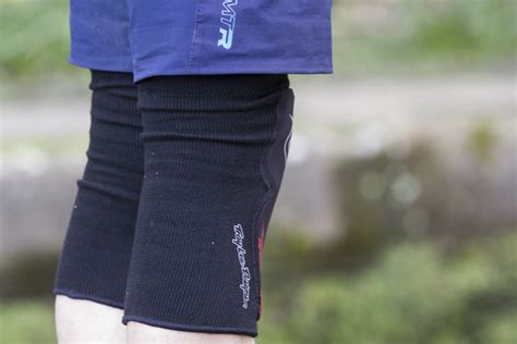 most comfortable knee pads singletrack magazine review tld speed knee sleeve