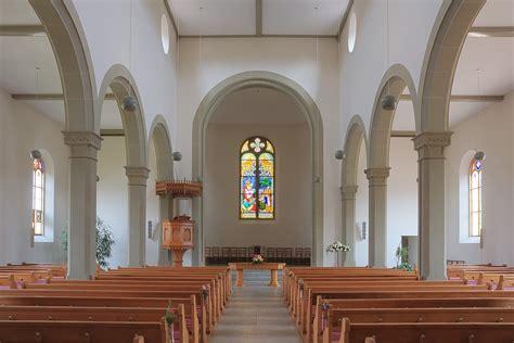 kirche innen file oberentfelden kirche innen zentral jpg wikimedia