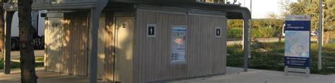 toilettes publics francioli gamme de sanitaires publics